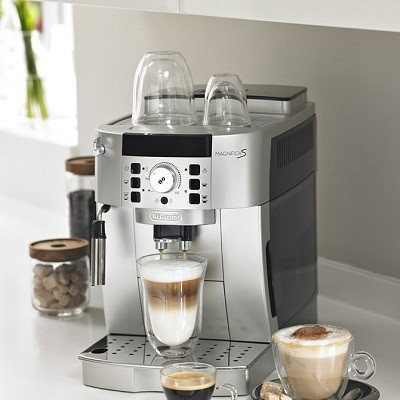 Best Coffee Maker With Grinder Review